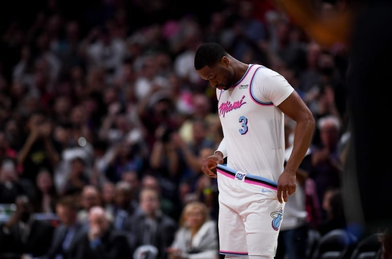 Should Dwyane Wade Come Back For One More Season?
