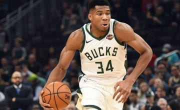 Giannis Dunking Bucks