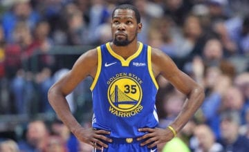Kevin Durant playing for the warriors